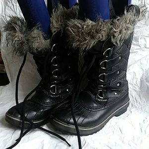 Sorel Black Waterproof Boots Size 6